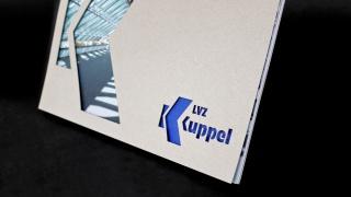 Umschlagkarton mit Laserschnitt